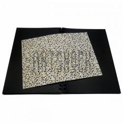 Тканевая бумага на клеевой основе (Fabric Sticker), тёмные цветочки на белом фоне, 210 х 295 мм.