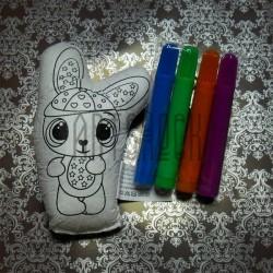 """Игрушка - раскраска """"Зайка"""" моющаяся + набор фломастеров 4 цвета, 13.5 x 8 см., Enjoy"""