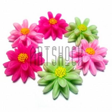 Набор цветных декоративных акриловых камей - ромашек, Ø2.5 см., 6 штук, REGINA