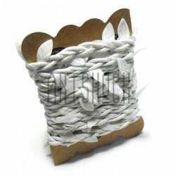Шнур белый декоративный с вплетенными белыми листьями, толщина - 2 см., длина - 2.5 м., REGINA