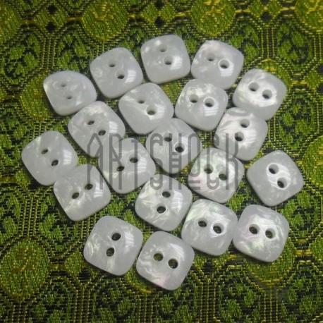 Набор пластиковых декоративных квадратных пуговиц, белые с перламутром, 0.9 x 0.9 см., 20 штук, REGINA