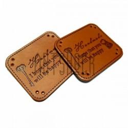 """Набор декоративных бирок (нашивок, лейбл) """"Hand Made ключ"""" под кожу, 4 x 3.5 см., 2 штуки, REGINA"""