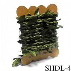 Шнур декоративный зеленый с вплетенными зелеными листьями, толщина - 2 см., длина - 2.5 м., REGINA