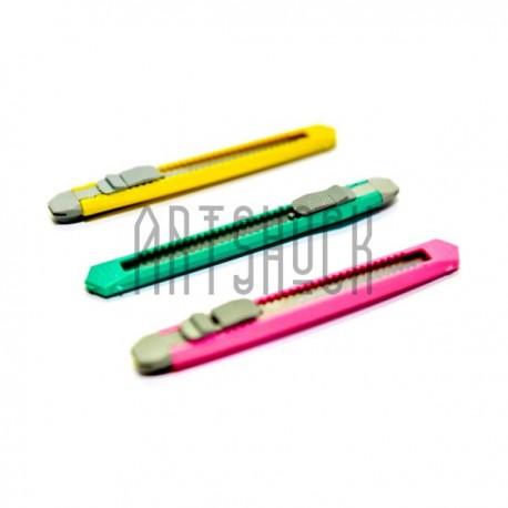 Купить офисные канцелярские ножи для выполнения режущих работ по доступной цене в Украине в оптовом интернет магазине